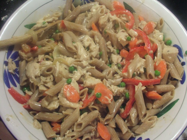 Whole Wheat Penne Pasta with Chicken & Veggies