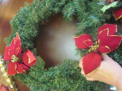 place on wreath 2