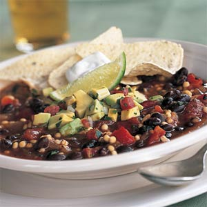 Very Unordinary Chunky Vegetarian Chili