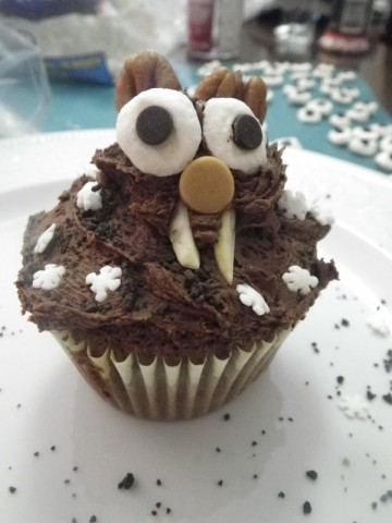 groundhog cupcake