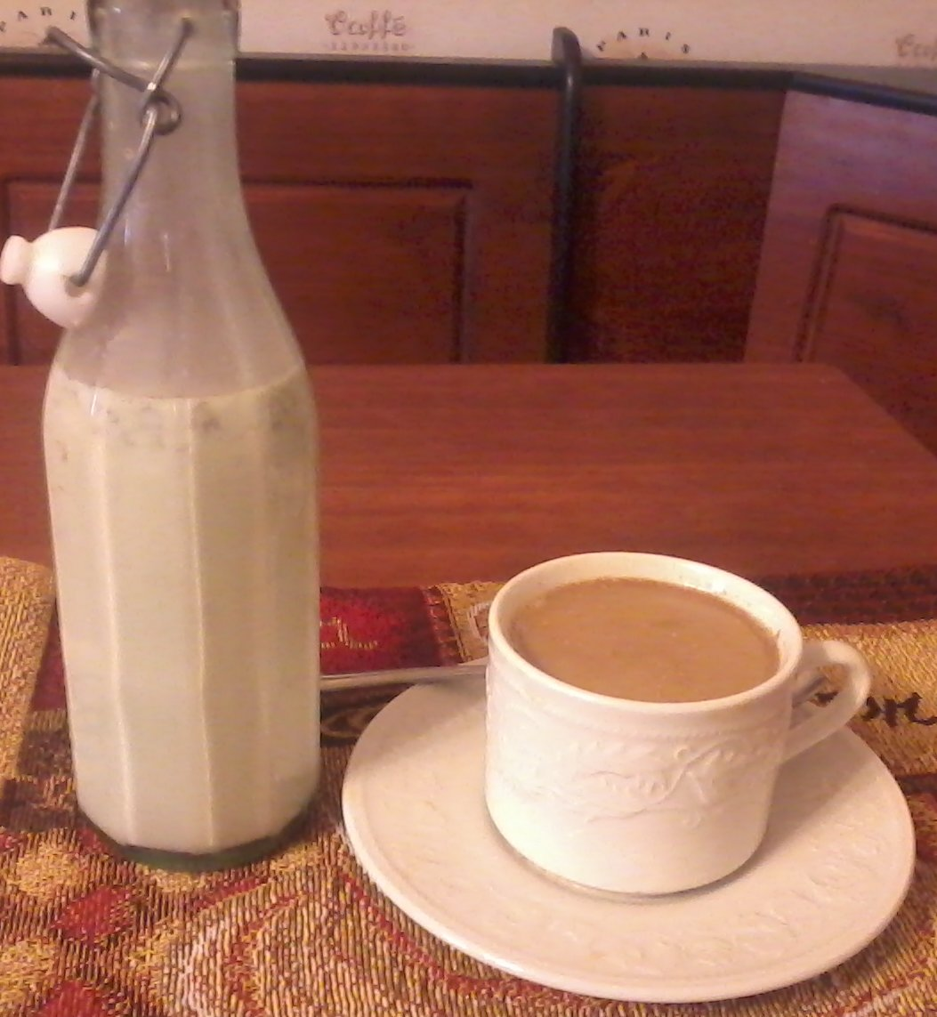 Homemade Cinnamon Roll Coffee Creamer