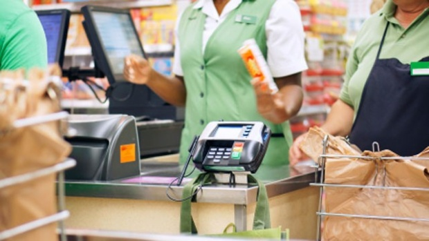 Guest Post: 5 Ways to Save Money at the Grocery Store